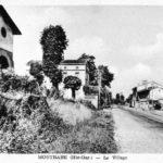 Centre-bourg, à a gauche l'ancienne poste
