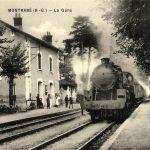 La locomotive à vapeur en gare de Montrabé