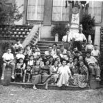 Les jeunes du comité des fêtes en 1951